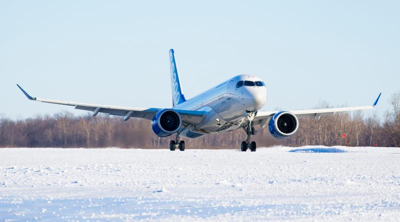 Cs300 de Bombardier au décollage