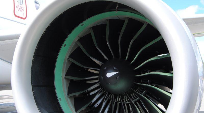 CS100 engine