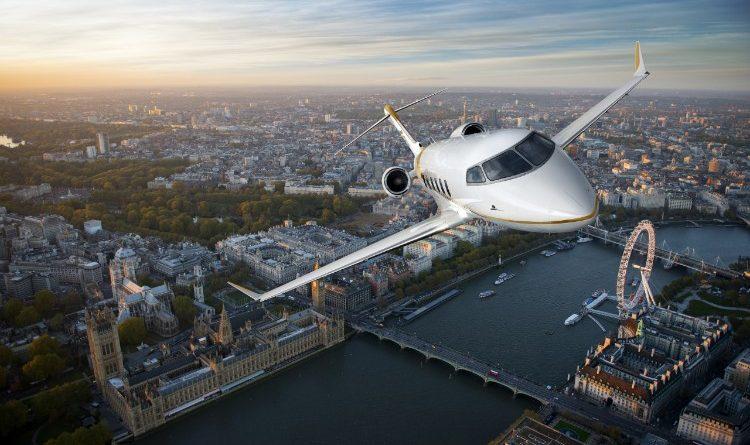 Challenger 350 au dessus de Londres