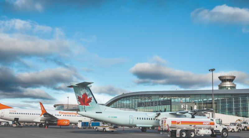 Quebec's airport apron