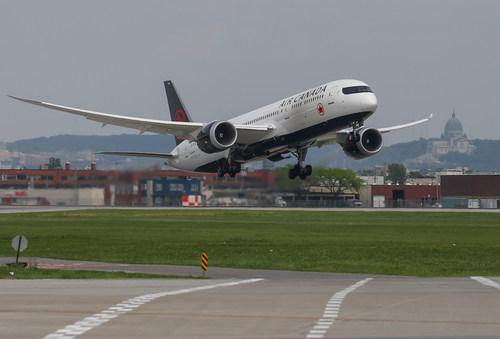 Air Canada B787-8